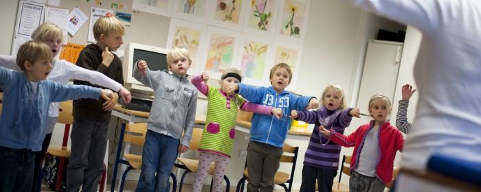 7,3 mio. kr. fra A. P. Møller Fonden skal styrke sang og bevægelse i folkeskolen