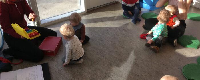 Sangglad Mini i Bjedstrup Børnehus